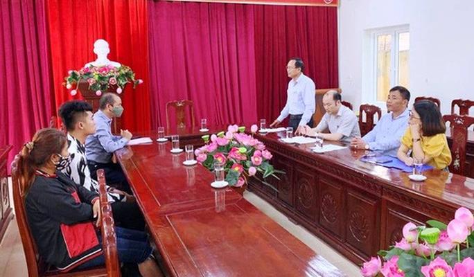 Người phụ nữ đi lạc cả ngàn km tới Thanh Hóa được Đại sứ quán Campuchia tiếp nhận - Ảnh 1.