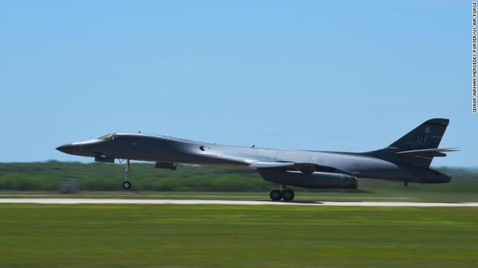 Động thái bất ngờ của không quân Mỹ tại đảo Guam - Ảnh 1.