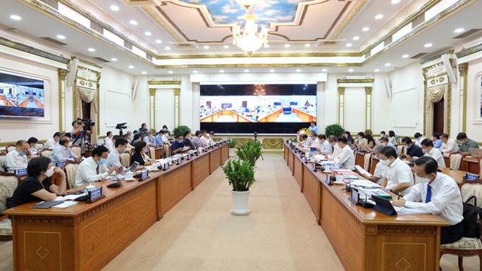 Dồn sức vực dậy kinh tế TP HCM - Ảnh 1.