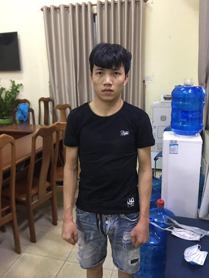 Bí mật trong tiệm cầm đồ của 5 người đàn ông ở quận Bình Tân - Ảnh 3.