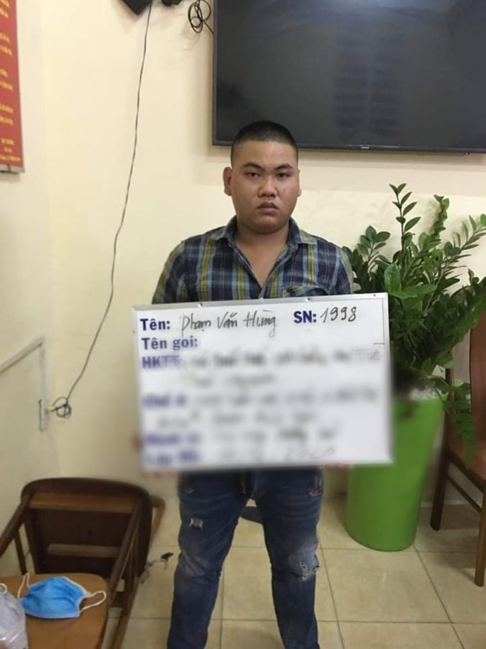 Bí mật trong tiệm cầm đồ của 5 người đàn ông ở quận Bình Tân - Ảnh 2.