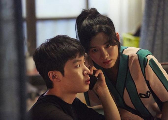 Hoạt động ngoại khóa - Bóc trần mặt tối xã hội Hàn Quốc - Ảnh 1.