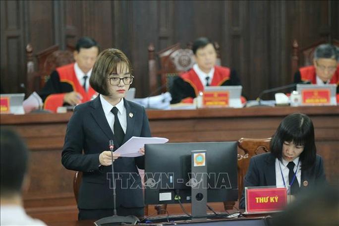 Cận cảnh phiên giám đốc thẩm vụ án tử tù Hồ Duy Hải - Ảnh 10.
