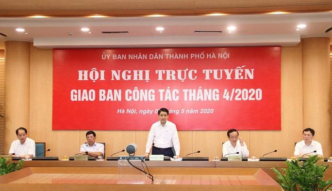 Chủ tịch Hà Nội: Tôi biết có phó phòng om hồ sơ của doanh nghiệp tới 8 tháng - Ảnh 1.