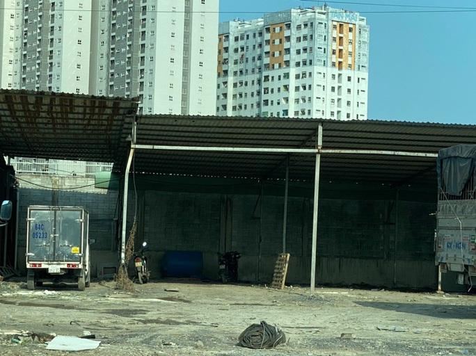 Bãi giữ xe vi phạm bị tố không phải của Công an quận Bình Tân (?!) - Ảnh 3.