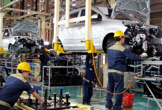 Ngành công nghiệp ôtô Việt Nam vẫn đang loay hoay làm săm, lốp - Ảnh 1.