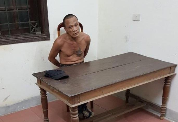 Nghi phạm vào nhà đâm hai vợ chồng thương vong đã bị bắt - Ảnh 1.