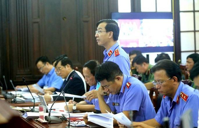 Xét xử Giám đốc thẩm vụ tử tù Hồ Duy Hải: Đề nghị thực nghiệm lại hiện trường vụ án - Ảnh 2.