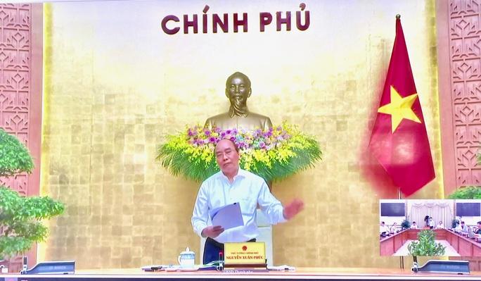 Thủ tướng Nguyễn Xuân Phúc đang làm việc với TP HCM - Ảnh 1.