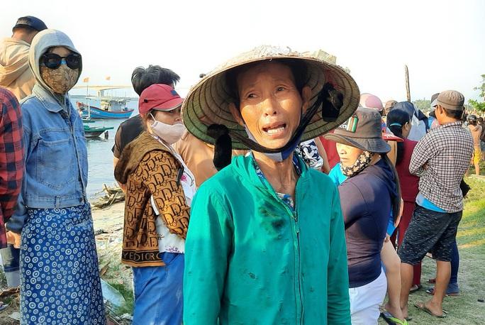 Vụ lật thuyền ở Quảng Nam: Người nhà khóc cạn nước mắt - Ảnh 4.