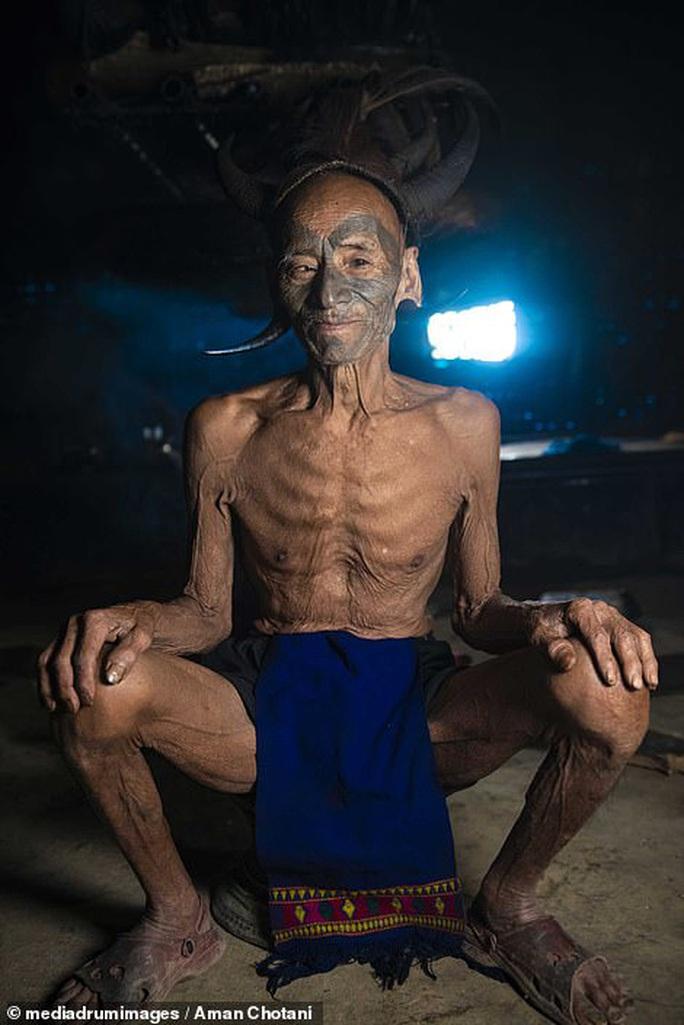 Thú vị loạt ảnh các bộ tộc độc đáo Ấn Độ - Ảnh 9.