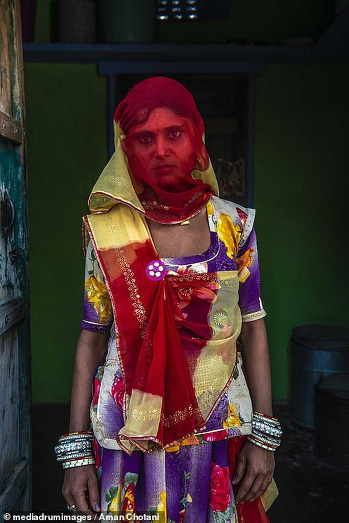 Thú vị loạt ảnh các bộ tộc độc đáo Ấn Độ - Ảnh 17.