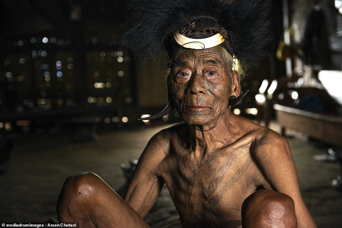 Thú vị loạt ảnh các bộ tộc độc đáo Ấn Độ - Ảnh 7.