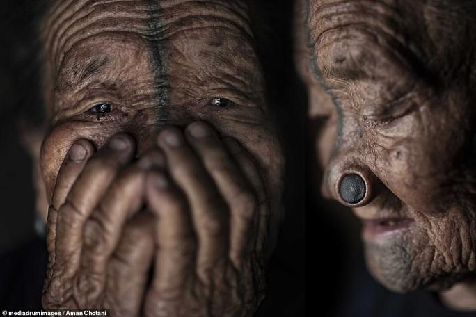 Thú vị loạt ảnh các bộ tộc độc đáo Ấn Độ - Ảnh 11.