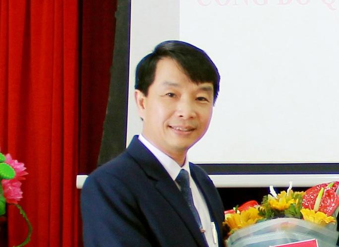 Vụ bắt Trưởng phòng Sở Nội vụ Thanh Hóa: Bắt cả Giám đốc Trung tâm Điều dưỡng người có công Sầm Sơn - Ảnh 1.