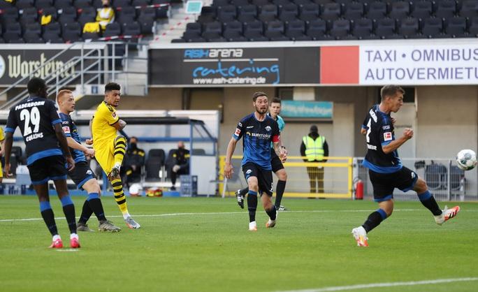 Jadon Sancho: Siêu hat-trick và kỷ lục sao trẻ Dortmund - Ảnh 4.