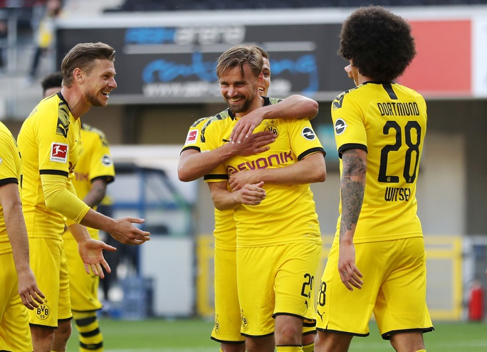 Jadon Sancho: Siêu hat-trick và kỷ lục sao trẻ Dortmund - Ảnh 5.