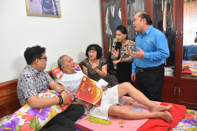 Mai Vàng nhân ái thăm Chu Phác Viên Nam Hùng, Nhuận Điền Thanh Tú và quái kiệt Tùng Lâm - Ảnh 8.