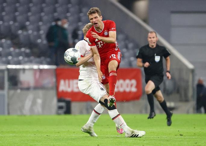 Giành vé dự chung kết DFB Pokal, Bayern Munich hướng tới cú ăn ba lịch sử - Ảnh 7.