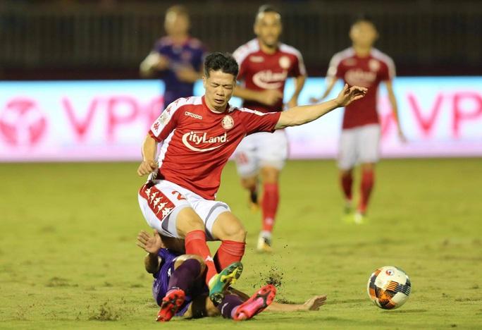 Công Phượng thất bại trận derby Sài thành, ĐKVĐ Hà Nội bị tân binh cầm hòa đáng tiếc - Ảnh 1.