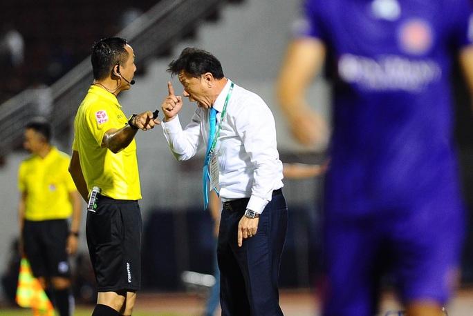 Công Phượng thất bại trận derby Sài thành, ĐKVĐ Hà Nội bị tân binh cầm hòa đáng tiếc - Ảnh 2.