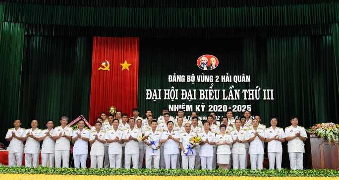 Bế mạc Đại hội đại biểu Đảng bộ Vùng 2 Hải quân  - Ảnh 2.
