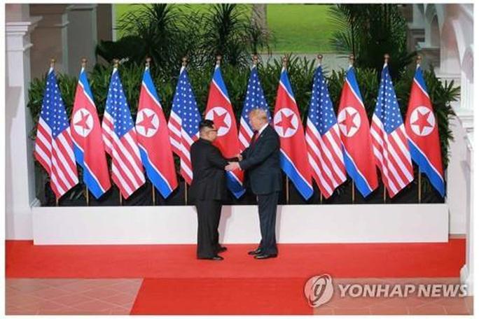 Kỷ niệm 2 năm thượng đỉnh, Triều Tiên tặng Mỹ gáo nước lạnh - Ảnh 1.