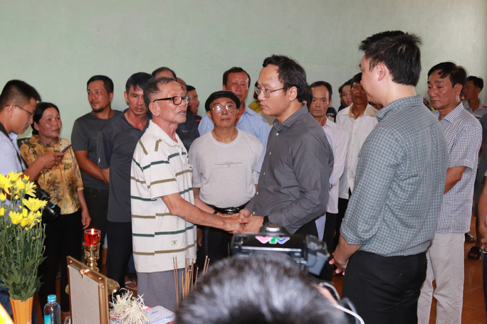 Tai nạn thảm khốc ở Đắk Nông: Tài xế xe tải khai gì tại cơ quan công an? - Ảnh 1.