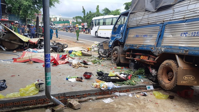 Vụ tai nạn thảm khốc tại Đắk Nông: Nạn nhân kể lại giây phút kinh hoàng - Ảnh 7.
