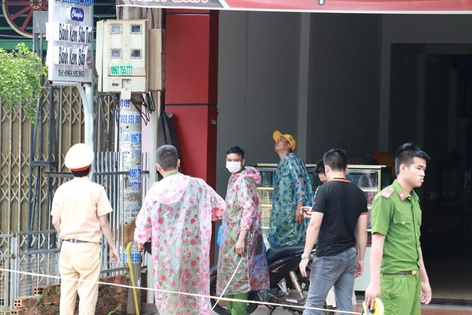 Tạm giữ tài xế gây tai nạn thảm khốc ở Đắk Nông, kiểm tra ma túy và độ cồn - Ảnh 2.