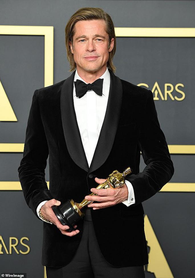 Brad Pitt làm từ thiện 1 triệu USD vì vợ cũ - Ảnh 1.