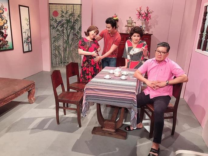 Nghệ sĩ Võ Minh Lâm tất bật với 3 vở đóng vai kép chính - Ảnh 3.