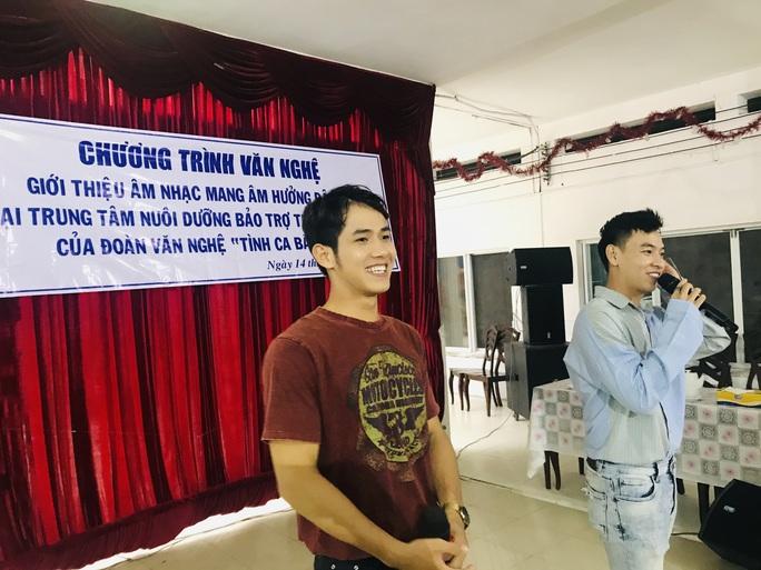 Nghệ sĩ Thanh Hằng đem tiếng hát đến trẻ em mồ côi - Ảnh 9.