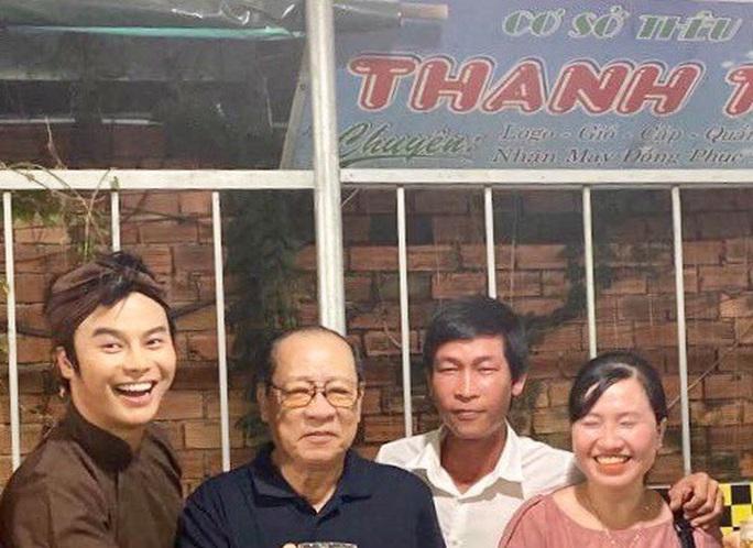 Nghệ sĩ Võ Minh Lâm khóc thầy - nghệ nhân ưu tú Thanh Liêm - Ảnh 2.