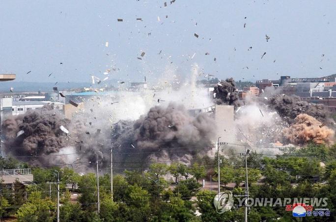 Triều Tiên leo thang, đưa quân đội trở lại biên giới Hàn Quốc - Ảnh 2.