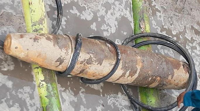 Quả bom nặng 230 kg được phát hiện ở trại giam - Ảnh 1.