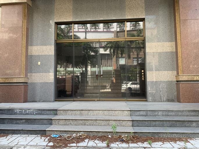 Khánh Hòa: Trụ sở trên đất vàng bỏ trống lãng phí - Ảnh 3.