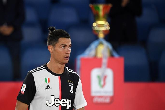 Ronaldo tịt ngòi, Juventus gục ngã ở chung kết Coppa Italia - Ảnh 8.