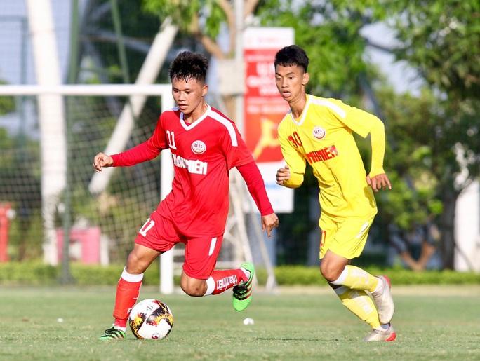 B.Bình Dương ngược dòng thắng kịch tính SLNA ngày ra quân VCK U19 Quốc gia 2020 - Ảnh 1.