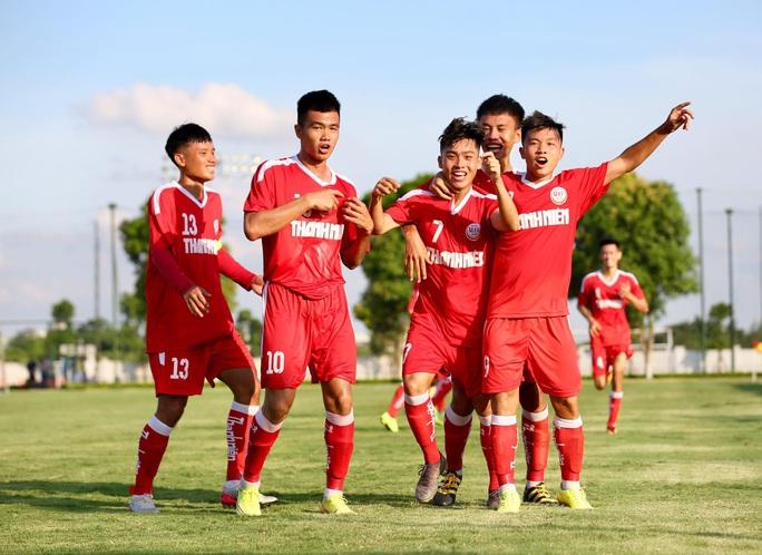 B.Bình Dương ngược dòng thắng kịch tính SLNA ngày ra quân VCK U19 Quốc gia 2020 - Ảnh 2.
