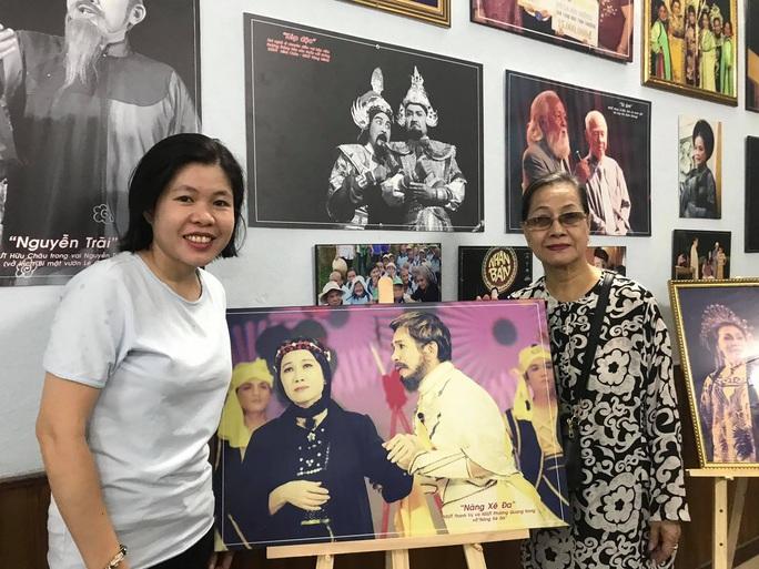 Kim Cương, Thành Lộc và đông nghệ sĩ ngôi sao đến với triển lãm Sắc màu sân khấu - Ảnh 5.
