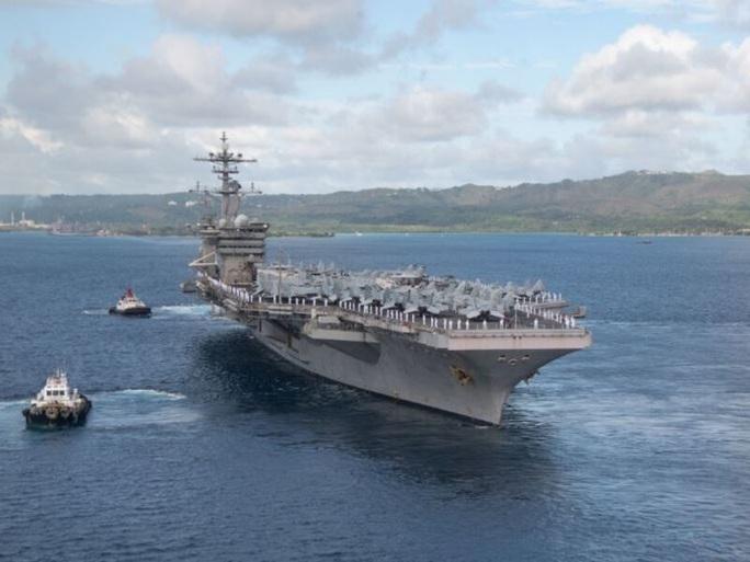 Mỹ nâng cấp tàu sân bay vĩnh viễn Guam để răn đe Trung Quốc - Ảnh 1.