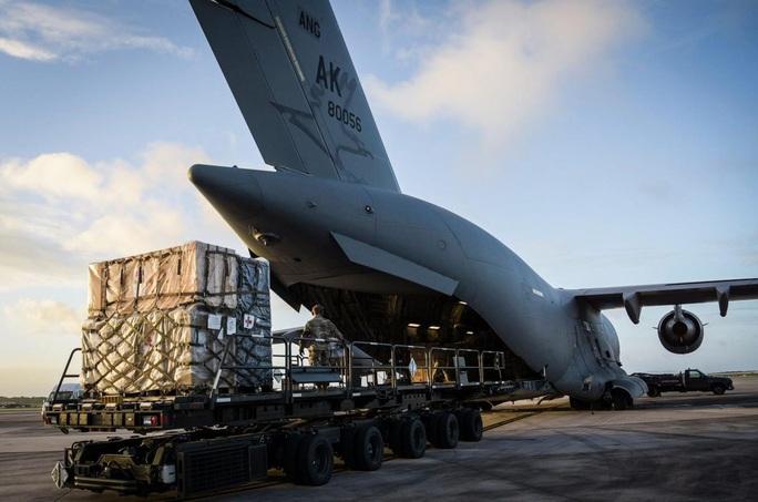 Mỹ nâng cấp tàu sân bay vĩnh viễn Guam để răn đe Trung Quốc - Ảnh 3.