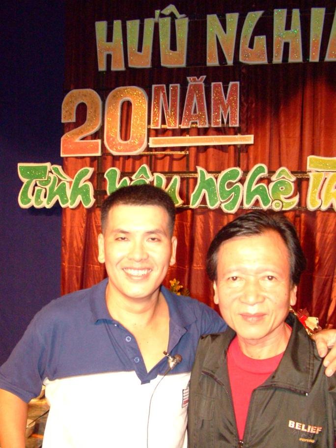 Kim Cương, Thành Lộc và đông nghệ sĩ ngôi sao đến với triển lãm Sắc màu sân khấu - Ảnh 11.