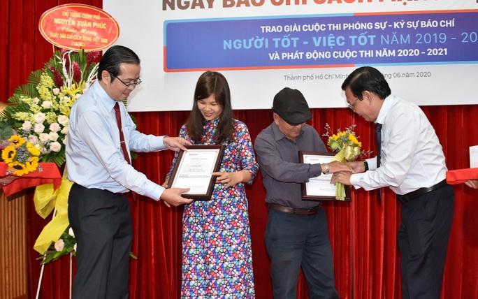 """Tác phẩm về chân dung một nguyên lãnh đạo TP HCM đoạt giải nhất cuộc thi """"Người tốt - Việc tốt"""" - Ảnh 2."""