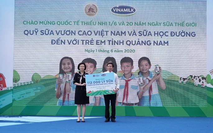 Vinamilk tặng món quà 1-6 đặc biệt đến với trẻ em Quảng Nam - Ảnh 8.