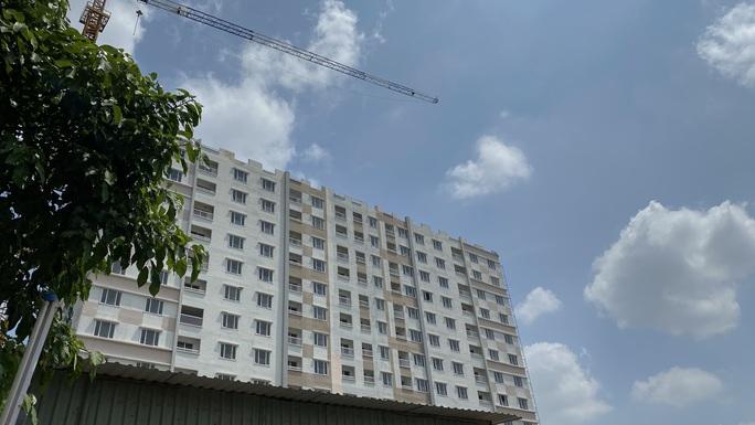 Lập đoàn giám sát dự án chung cư xây lố tầng tại TP HCM - Ảnh 1.