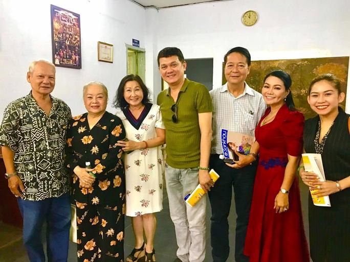 Đoàn tuồng cổ Huỳnh Long dọn nhà, ra mắt vở diễn mới - Ảnh 3.
