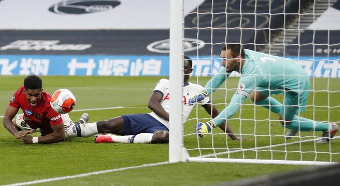 Tottenham hòa nghẹt thở Man United, Pogba tạo dấu ấn ngày trở lại - Ảnh 2.