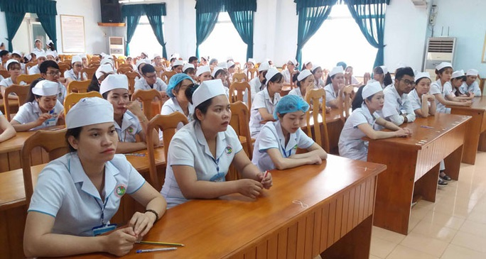 Lương hơn 37 triệu đồng/tháng chờ 100 nữ hộ lý Việt tại Nhật - Ảnh 1.